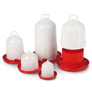 Pluimvee drinkbak met bajonetsluiting in verschillende formaten.