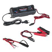 Batterieladegerät für 12 V Akkus und AGM Akkus