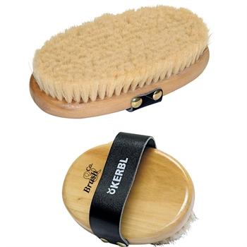 Pferdekardätsche Brush&Co aus Holz