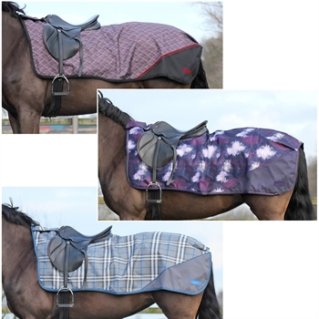 QHP Ausreitdecke Turnout Luxus Fleece - Nierendecke, Winterkollektion 18/19