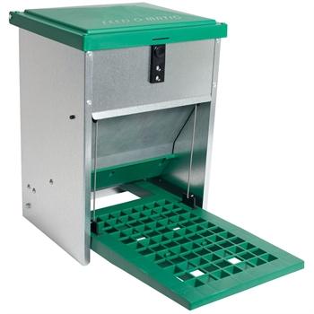 FEED-O-MATIC Geflügelfutterautomat mit Trittplatte, verzinkt, 5kg