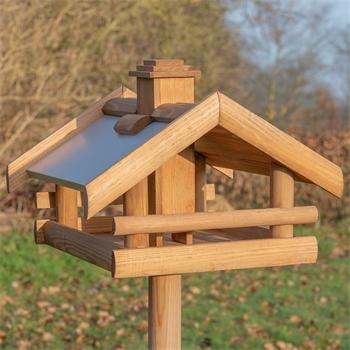930326-voss-garden-vogelhaus-grota.jpg