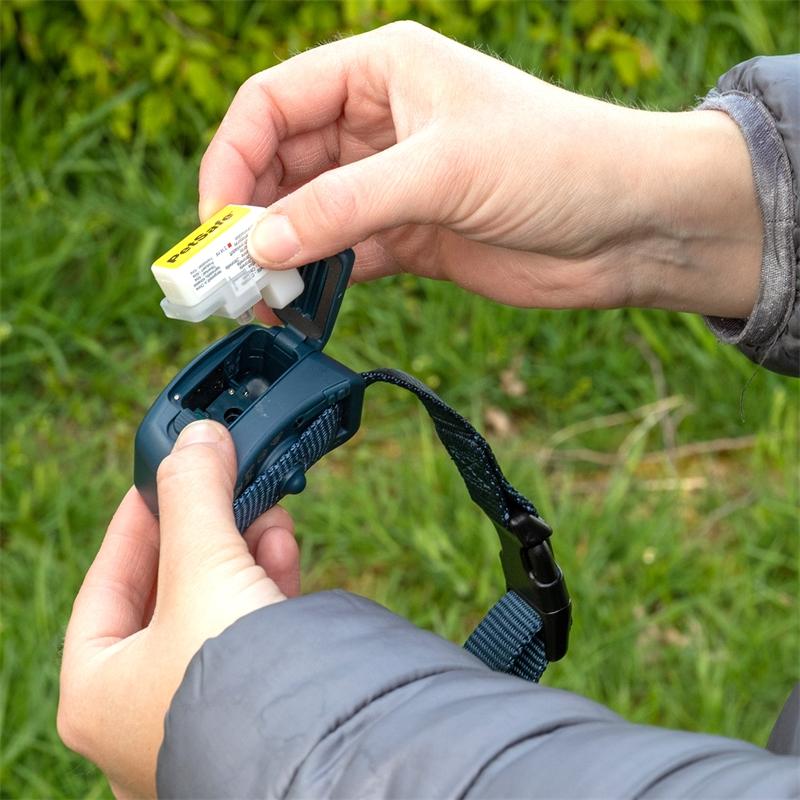 2114-petsafe-antibell-halsband-mit-spraykartusche.jpg