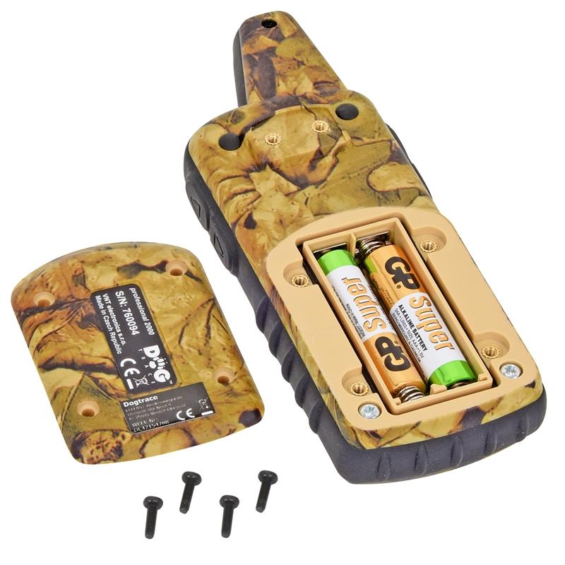 24342-Handsender-DogTrace-mit-Batteriebetrieb-2000m-Reichweite.jpg