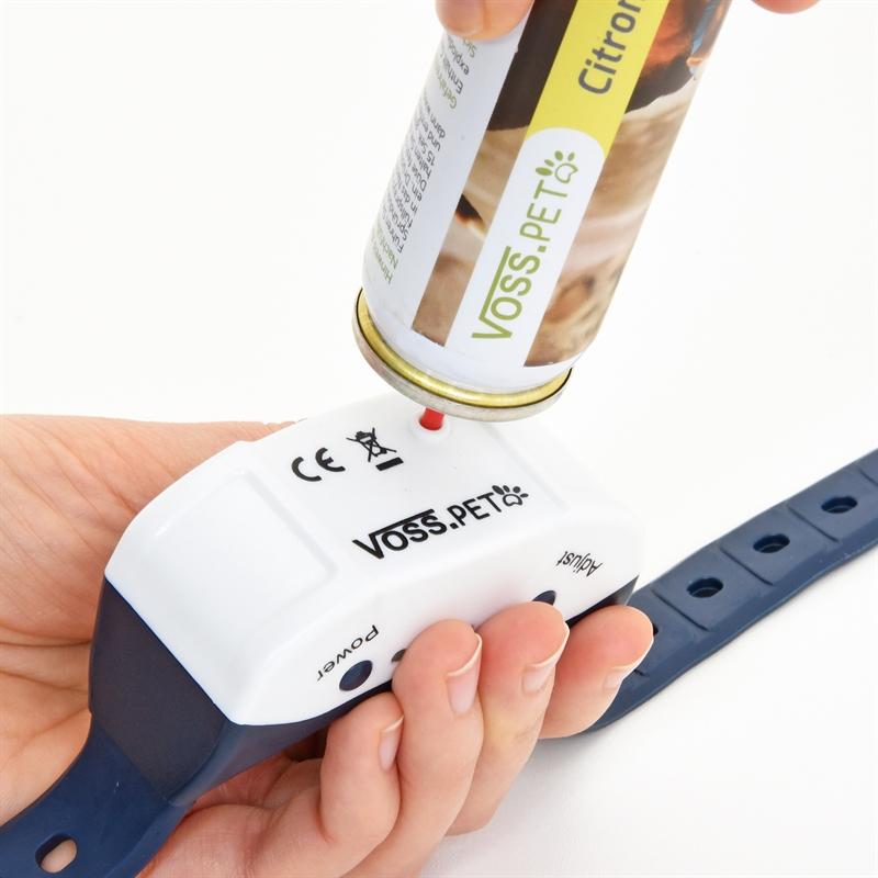 24550-VOSS.PET-Anti-Bell-Spray-Halsband-einfach-in-der-Anwendung.jpg