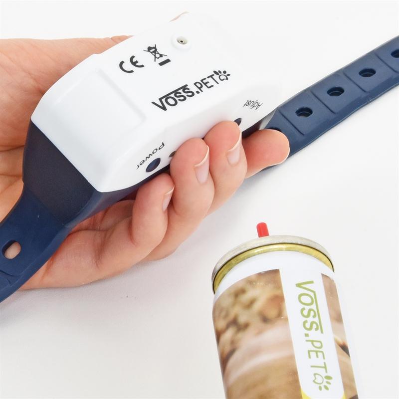 24550-VOSS.PET-Anti-Bell-Spray-Halsband-mit-Citronellaspray-befuellen.jpg