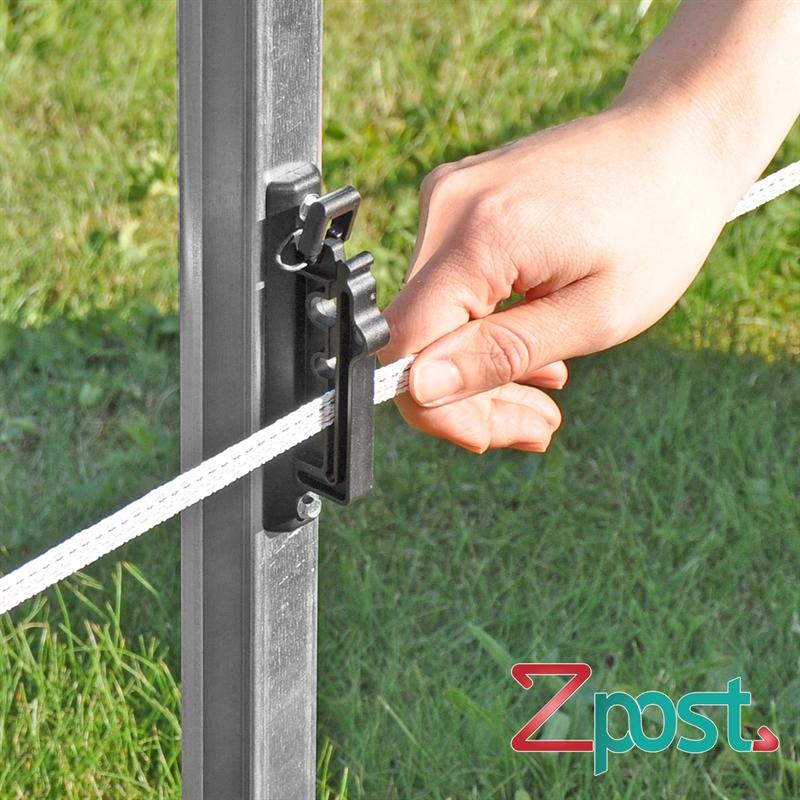 42220-Weidezaunband-Weideband-im-Isolator-beim-ZPost-Z-Pfahl.jpg
