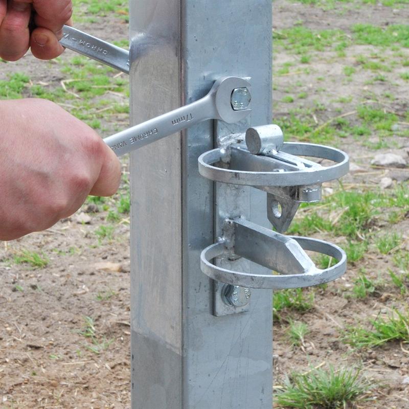 43894-10-VOSS.farming-Torpfosten-Metall-200cm-feuerverzinkt-stabil.jpg