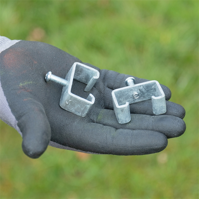 44608-voss-farming-adapterklammer-praxisbild.jpg