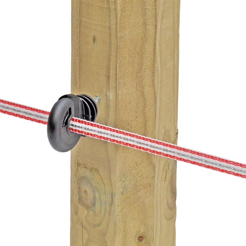 44724-Ringisolator-Praxisbilder-mit-Weidezaunband-Breitband-fuer-den-Weidezaun-bis-20mm.jpg