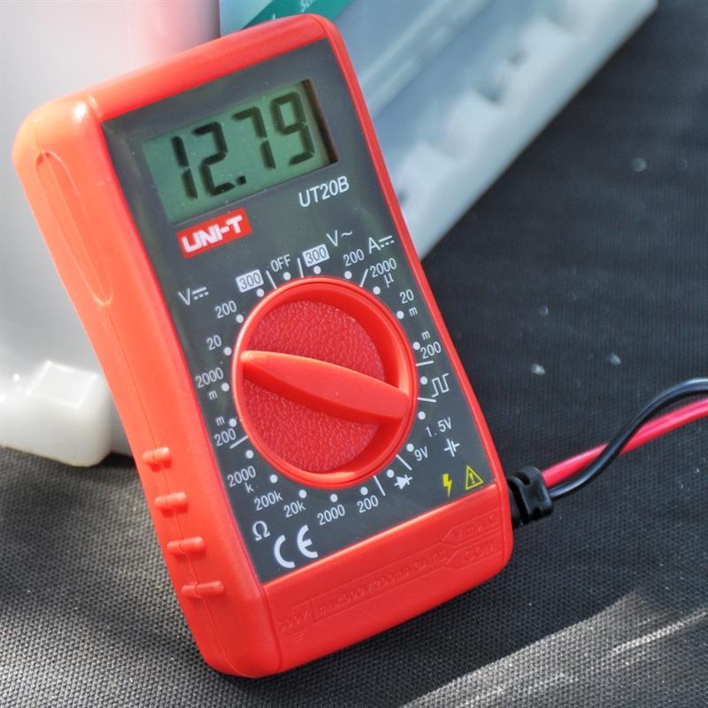 44796-Pruefer-fuer-Weidezaunbatterien-.jpg