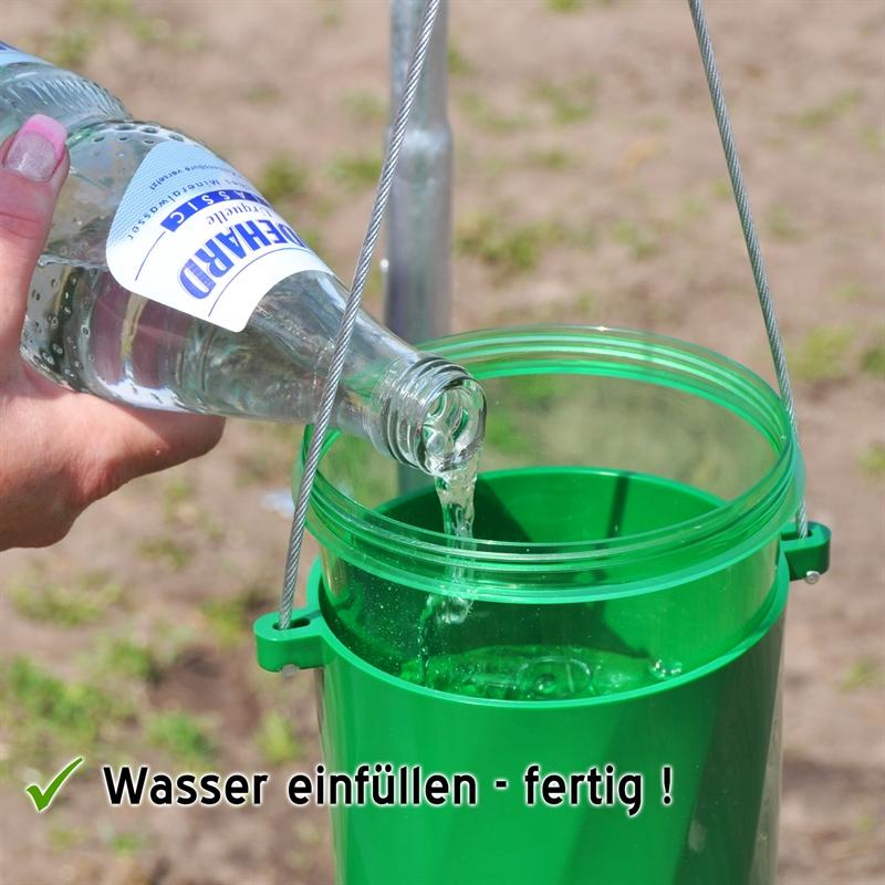 45000-Behaelter-mit-Wasser-befüllen.jpg