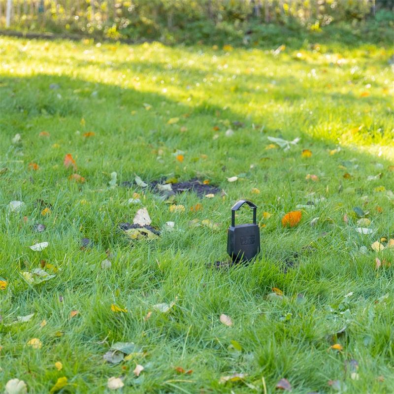 45227-voss-garden-voleex-wuehlmausfalle-praxisbild-10.jpg
