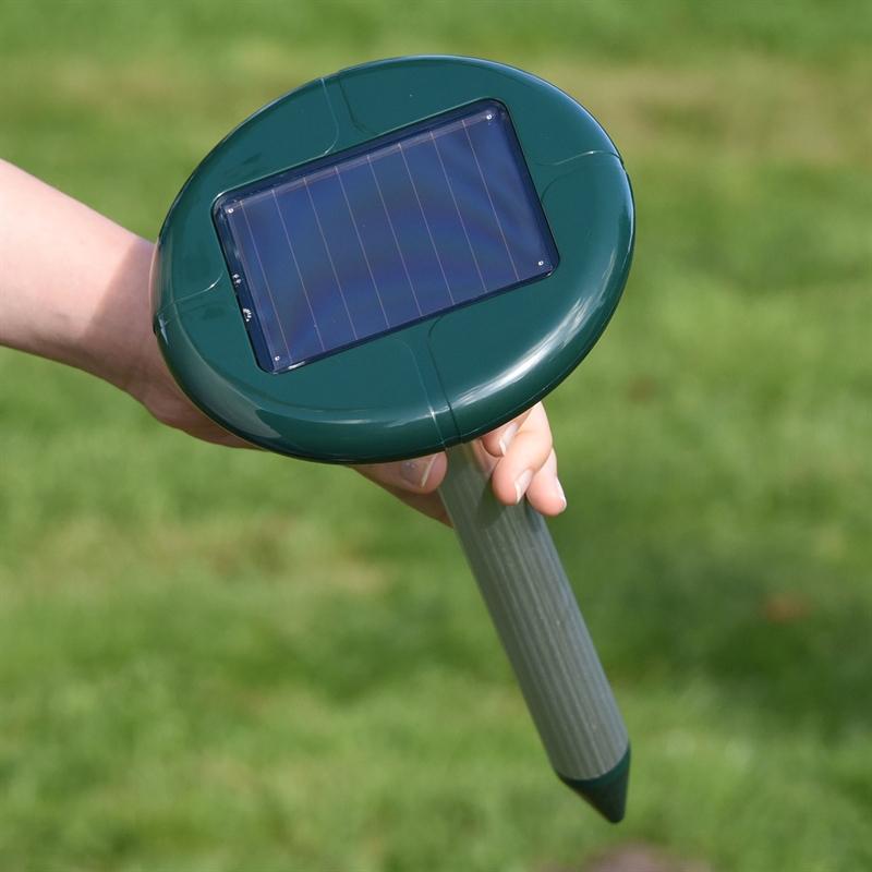 45237-9-VOSS.sonic-Solar-Maulwurf-Vertreiber-MoleEx-1000.jpg