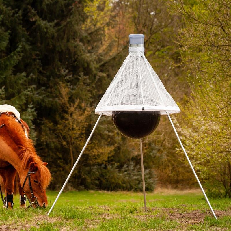 45480-voss.farming-tabanus-delta-falle-gegen-pferdebremsen.jpg