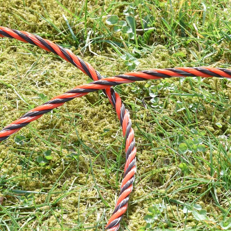 45584-VOSS.farming-Profiline-Weidezaunseil-im-Rasen-braun-orange.jpg
