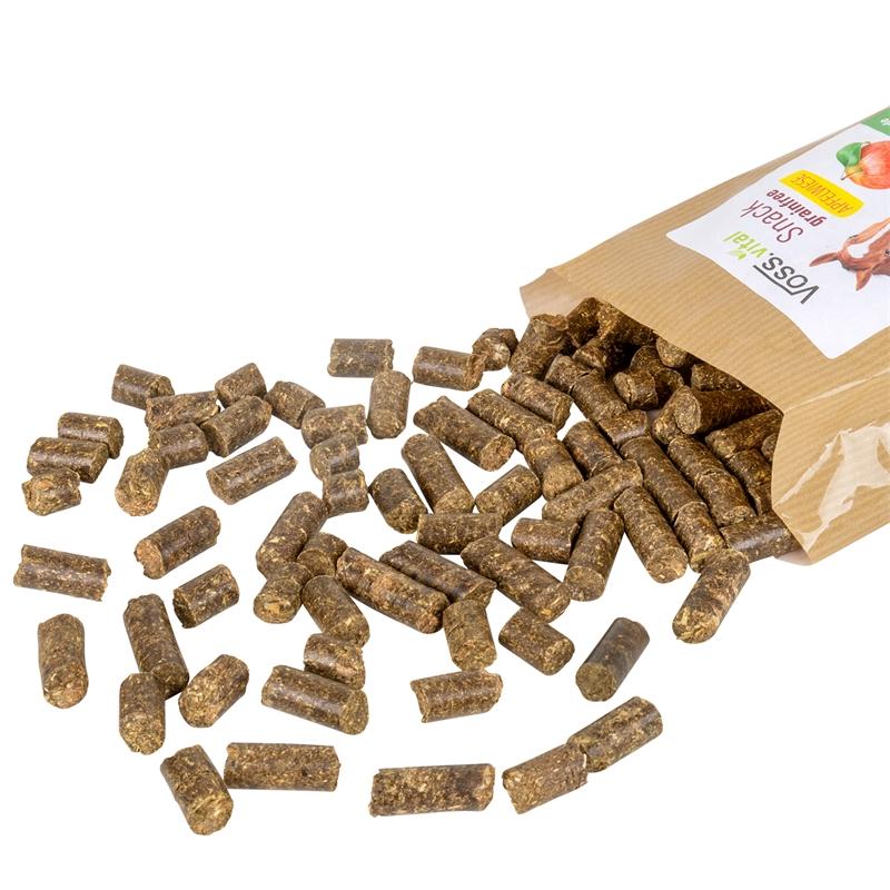500530-voss-vital-snack-grainfree-apfelwiese-ergaenzungsfuttermittel-fuer-pferde.jpg