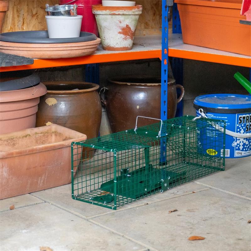531050-voss-farming-lebendfalle-rattenfalle-kleintierfalle-praxisbild-2.jpg