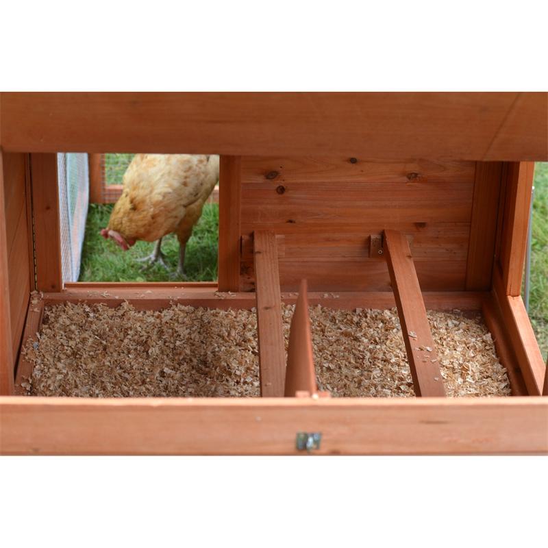 559200-voss-farming-huehnerstall-mit-freilauf-nist-und-schlafplatz.jpg