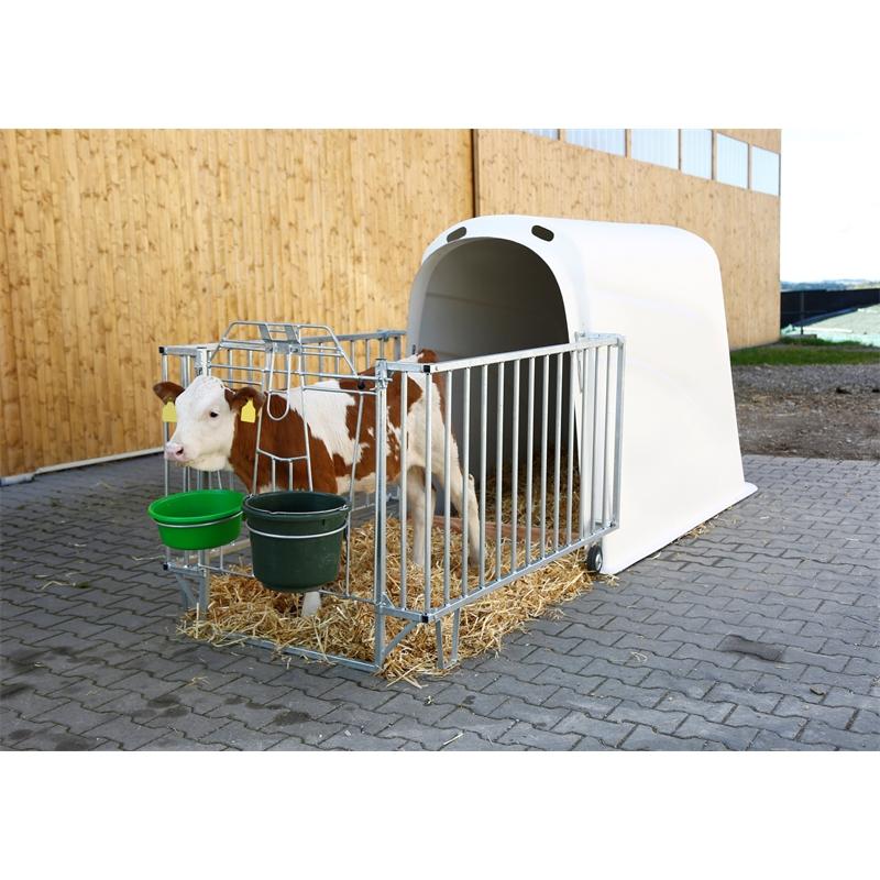 580110-2-kaelberiglu-calfhouse-premium-plus-mit-leichter-umzäunung.jpg