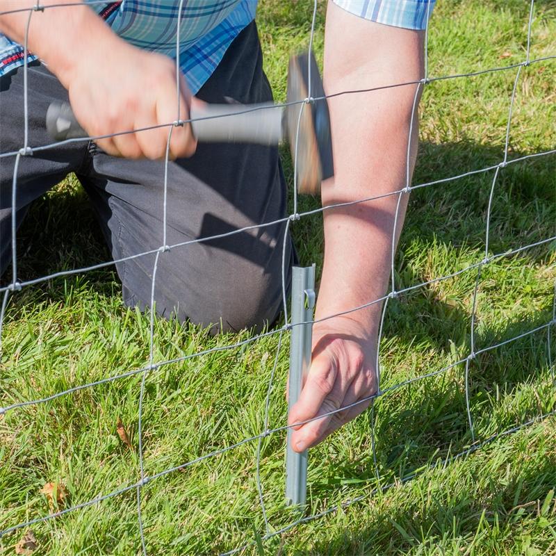 68600-voss-farming-zaunanker-50cm-fuer-knotengeflecht-praxisbild.jpg