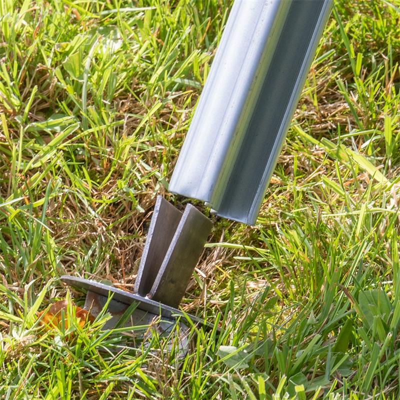 68608-voss-farming-erdteller-einschlagen-z-profilpfosten-3.jpg