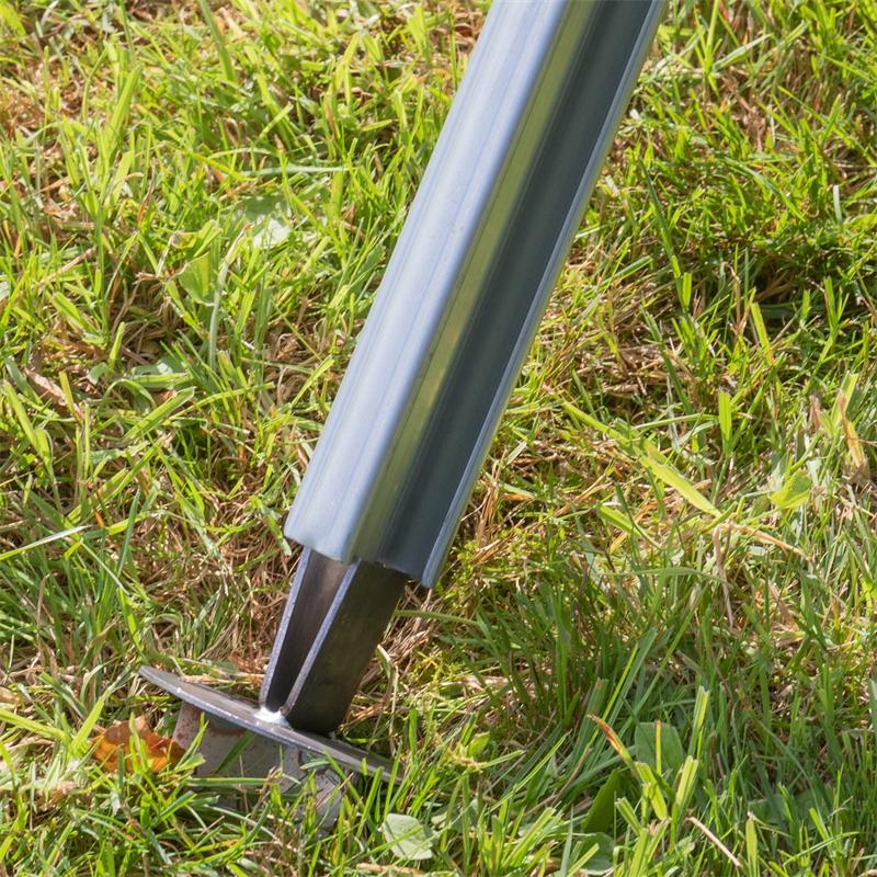 68610-voss-farming-erdteller-auf-z-profilpfahl-stecken-3.jpg