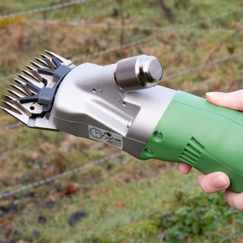 85440-12-kerbl-schafschermaschine-constanta4-400w-mit-schermessern.jpg