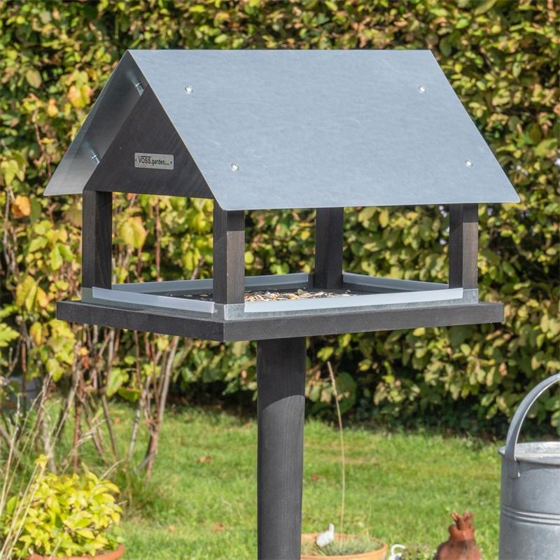 930127-voss-garden-vogelhaus-futterhaus-paris-fuer-wildvoegel.jpg