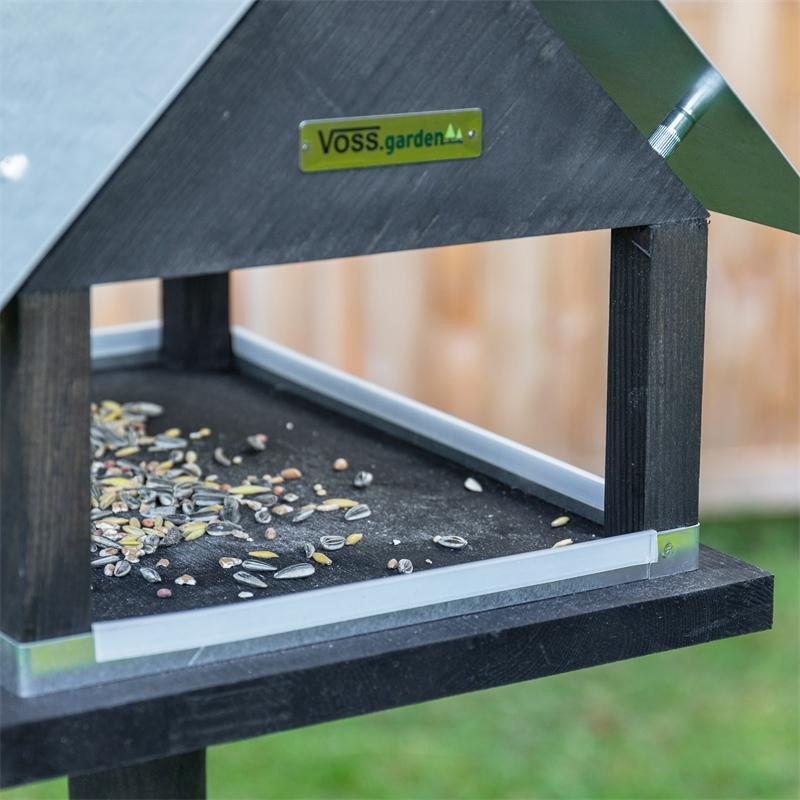 930127-voss-garden-vogelhaus-mit-standfuss-paris.jpg