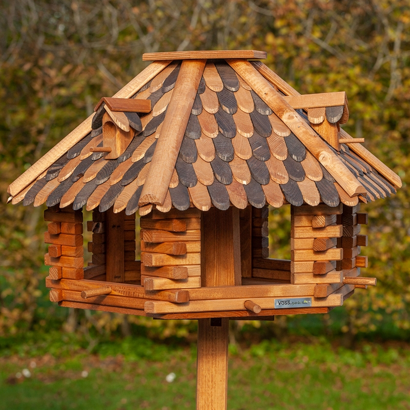 930305-1-voss-garden-Herbstlaub-vogelhaus-aus-massivem-holz.jpg