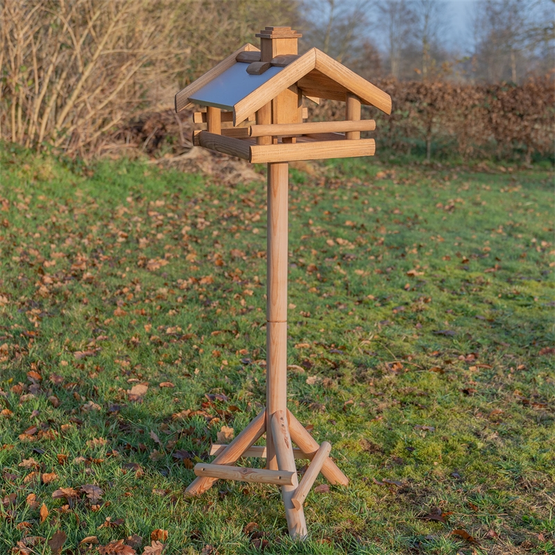 930326-voss-garden-vogelhaus-grota-mit-staender.jpg