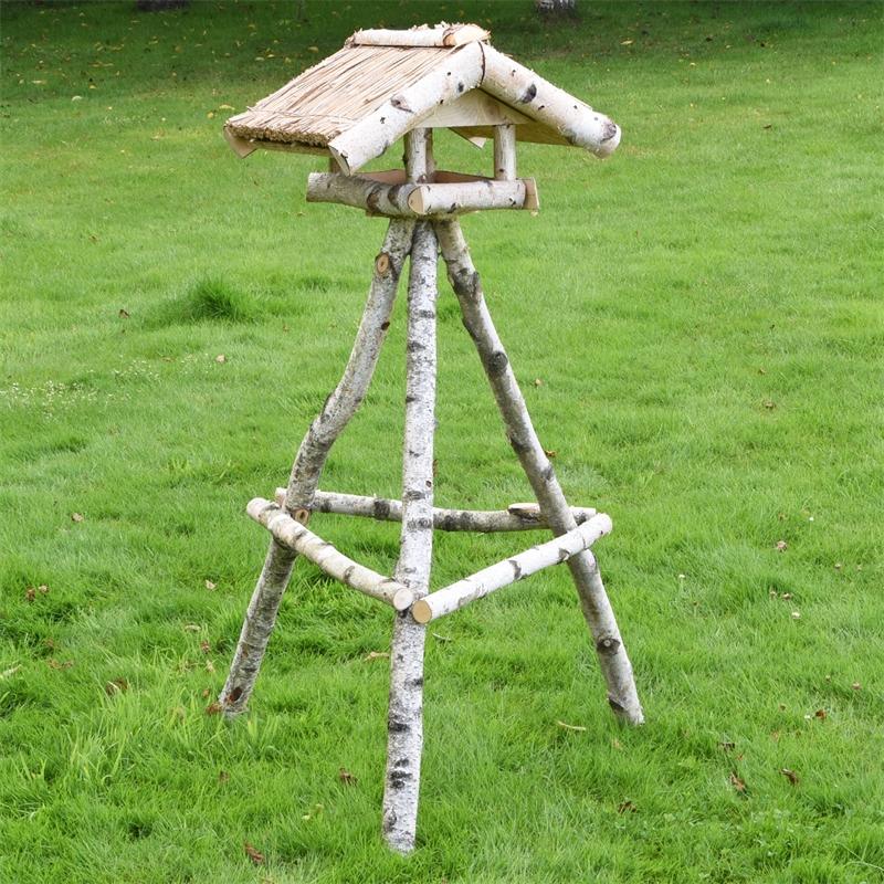 930430-voss-garden-vogelhaus-reetdach-birkenstaender-holm.jpg