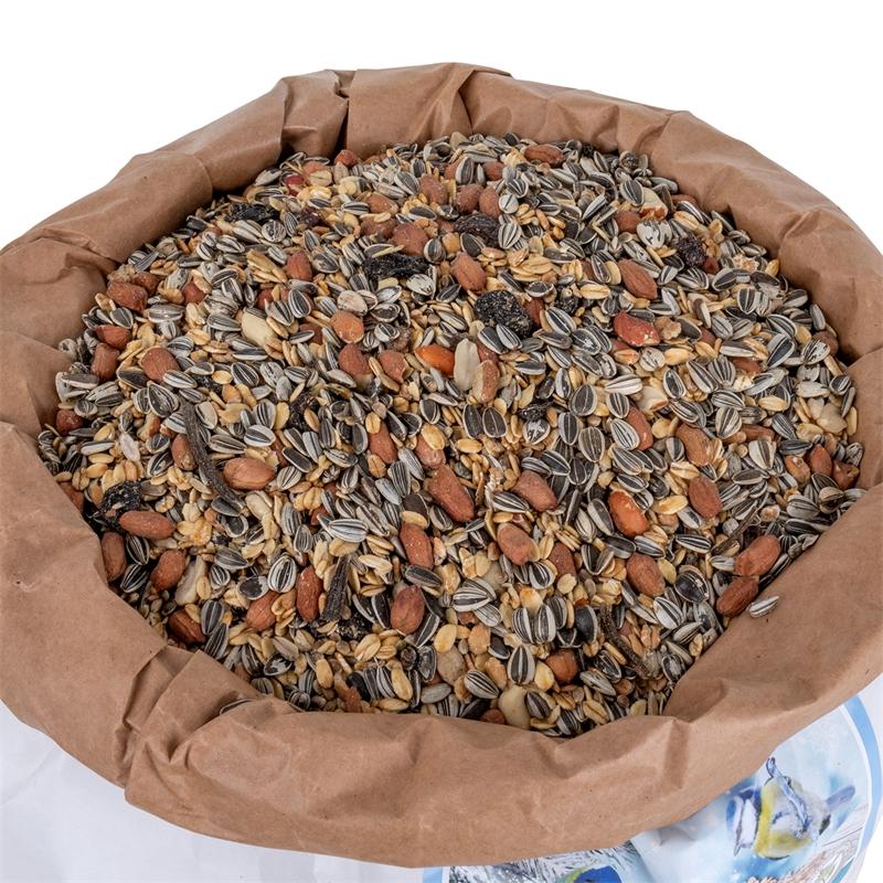 930822-voss-garden-wildvogel-winter-mix-sonnenblumenkerne-erdnuesse-hochwertige-fette.jpg