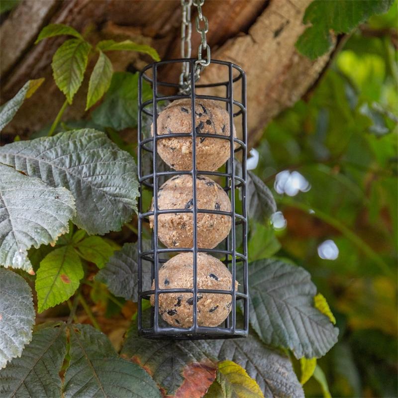 930875-voss-garden-premium-meisenknoedel-mit-sonnenblumenkernen-erdnuessen-und-haferflocken.jpg
